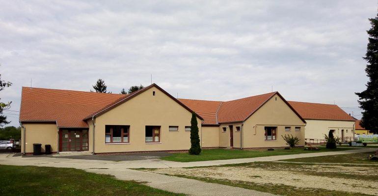 általános iskola Ikervár